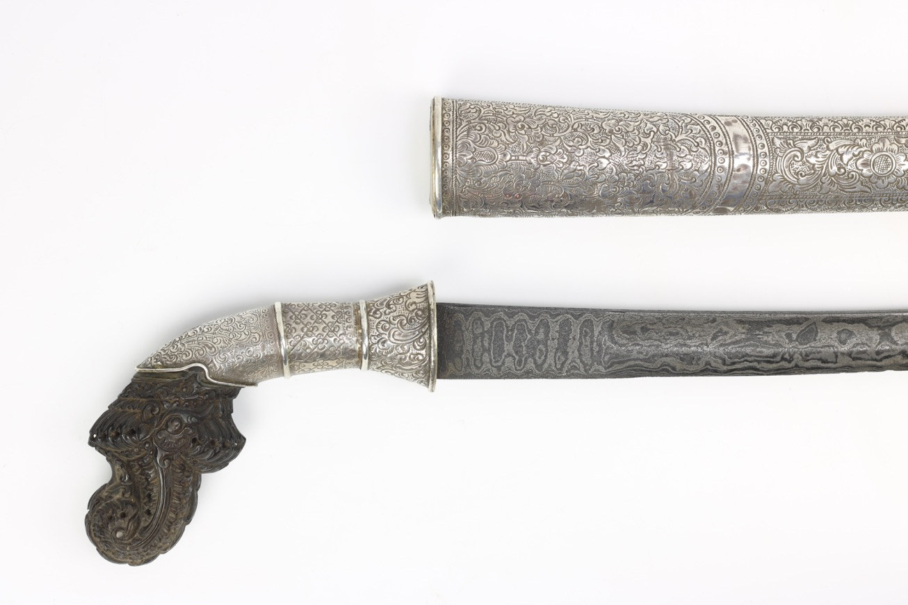 An Indonesian sword called pedang bengkok