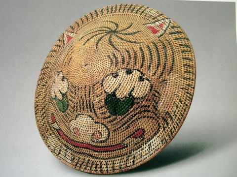 Chinese rattan shield in Palace Museum collection