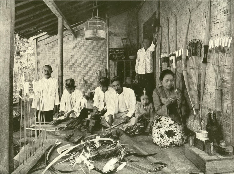 Indonesian bow and arrow makers