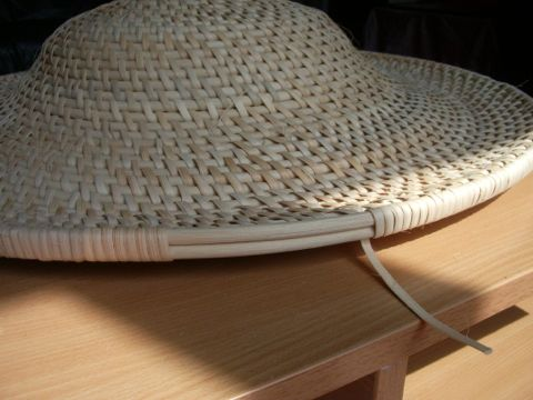 Making a Chinese rattan shield 7