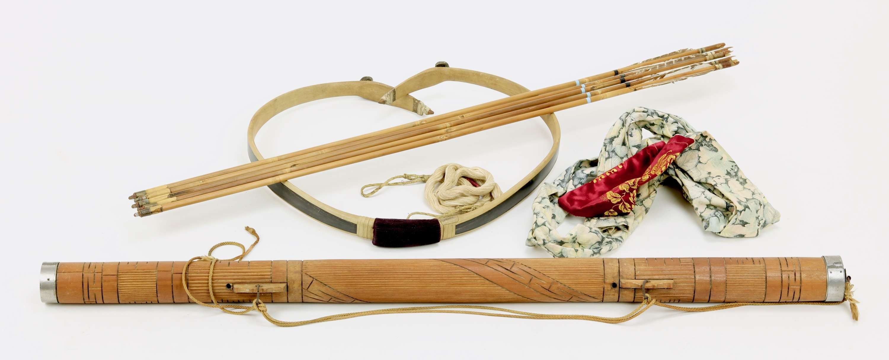 Korean archery set with hornbow, quivers, arrows, bow bag and string