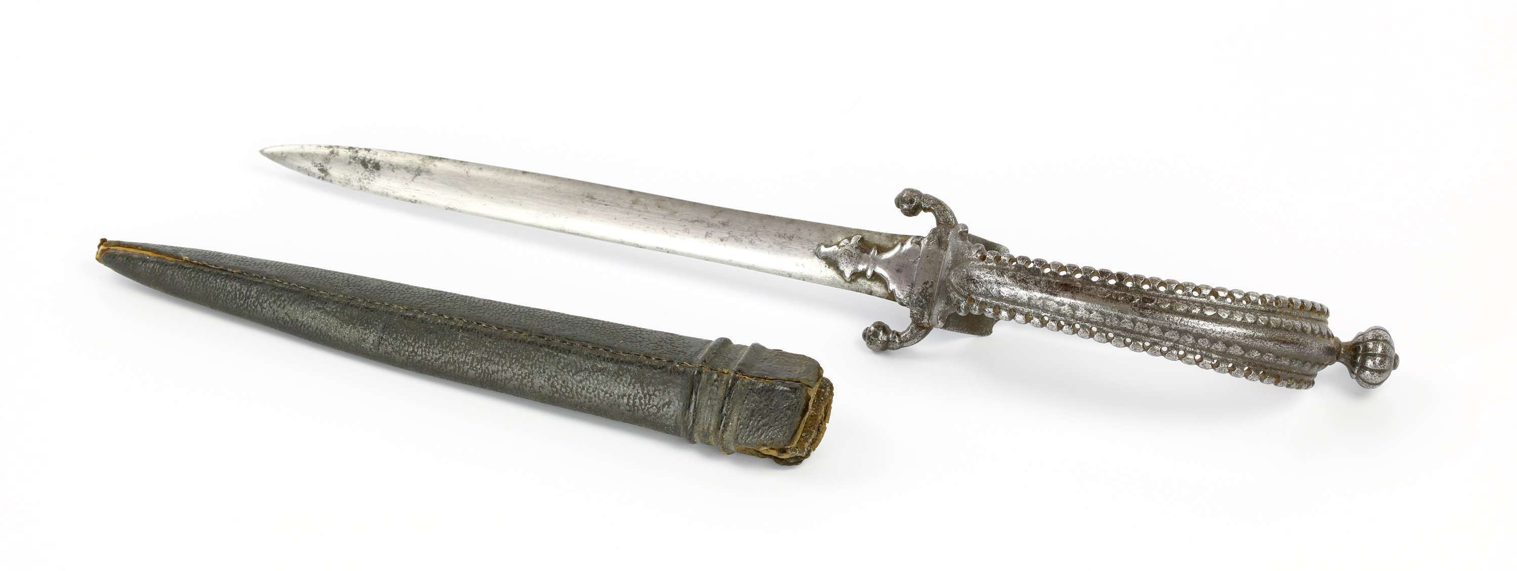 South Indian loop hilted dagger, straight bichwa or bichuwa